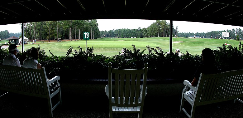 The U.S. Golf Association will schedule the 2014 U.S. Open and the U.S. Women's Open on back-to-back weeks at the same course, Pinehurst No. 2.