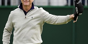 Watson, Marino lead Open; Tiger MC