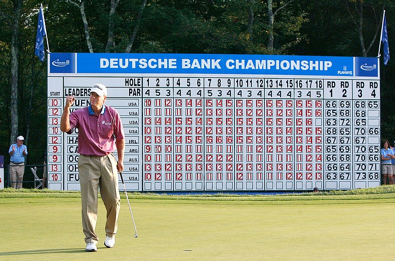 Steve Stricker birdies No. 18 at TPC Boston to win the Deutsche Bank Championship.
