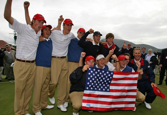 Team USA celebrates on the 18th green at Royal County Down after winning the 2007 Walker Cup.