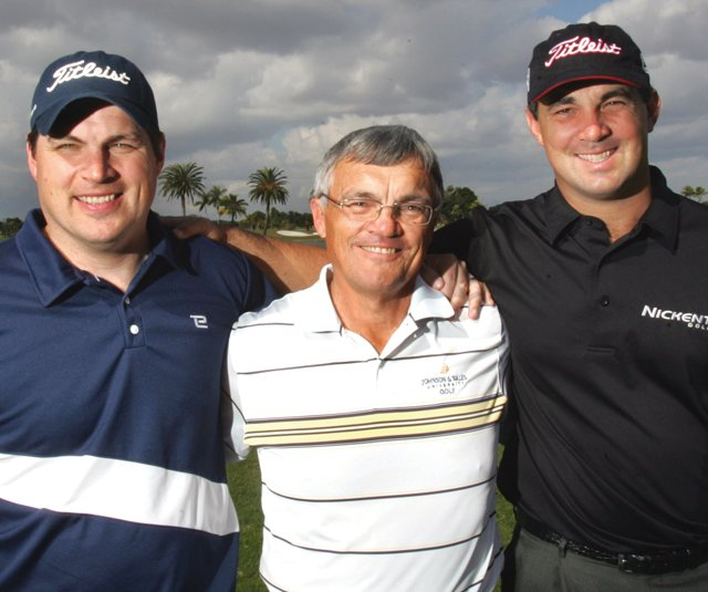 Dave Adamonis Sr. flanked by his sons, David Jr. (left) and Brad. Adamonis Sr., 63, died Oct. 10.