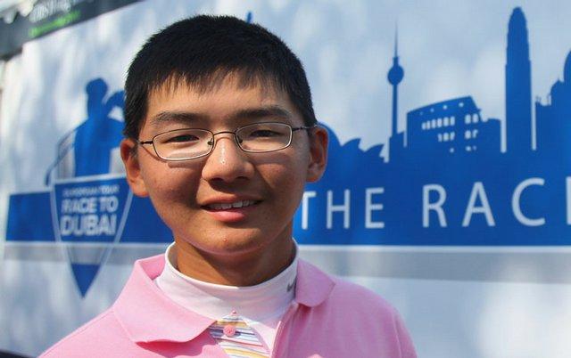 Hong Kong teens seek U.S. college try