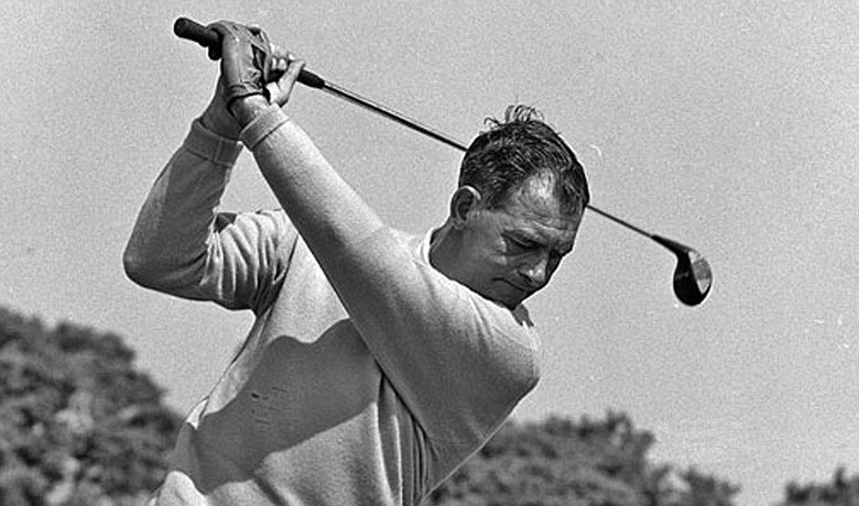 Christy O'Connor becomes the second Irishman inducted into the Hall of Fame
