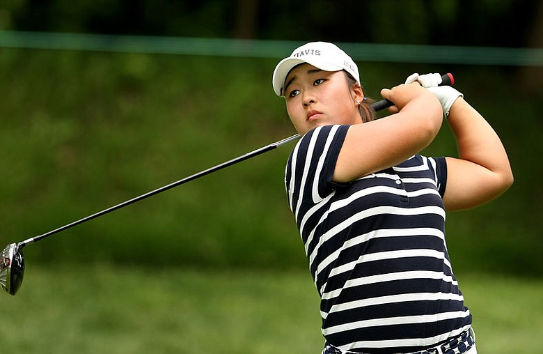 Alice Kim helped UC Davis to its first victory since 2007 at the Turtle Bay Resort College Invitational.