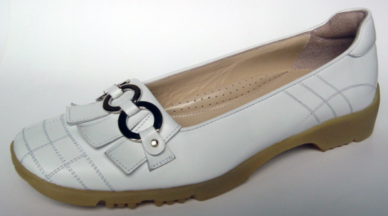 The Jackie shoe from Walter Genuin.
