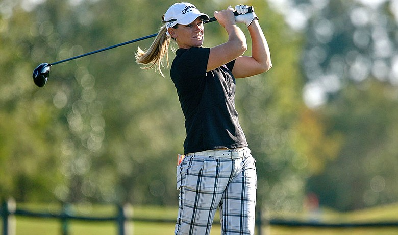 Kristy McPherson leads the LPGA Tour Championship, which was suspended for darkness, after firing a final-round 5-under 67.