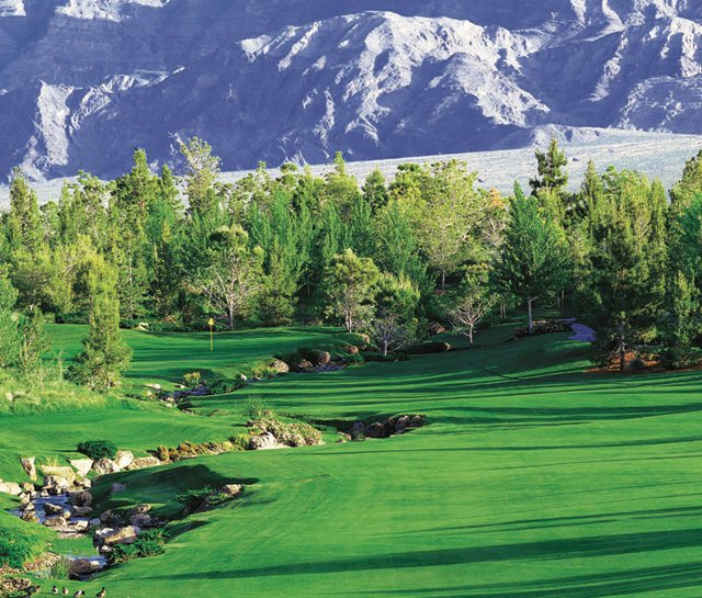 Nevadas Shadow Creek still holds the trump card on the casino list.