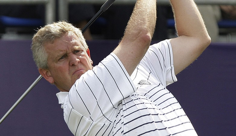 Colin Montgomerie and Simon Dyson won their match Saturday against India's Gaganjeet Bhullar and Jeev Milkha Singh, 4 and 3.