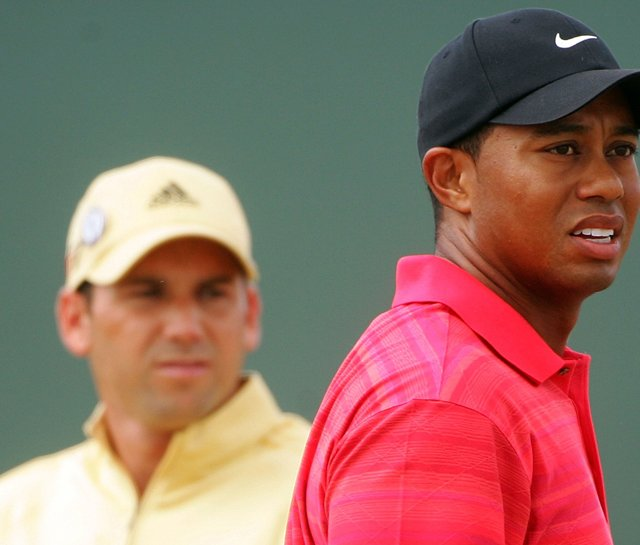 Tiger Woods and Sergio Garcia during the final round of the 2006 British Open.