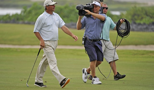 Fred Couples rocked a fashionable pair of Ecco shoes during his Champions Tour debut in Hawaii.