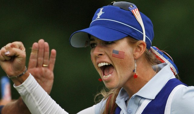 Paula Creamer celebrates after making a putt during the 2009 Solheim Cup.