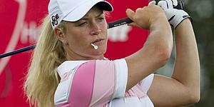Pettersen shares lead in LPGA opener