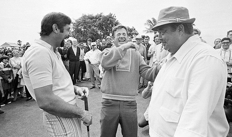 Joe Namath (left) and Doug Sanders (center) with Jackie Gleason at the 1969 National Airlines Open.