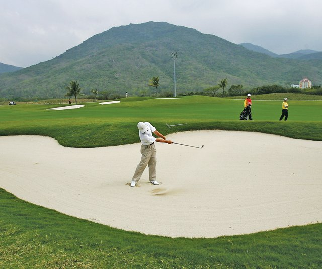 Yalong Bay Golf Club could be a cornerstone in making Hainan Island the Myrtle Beach of China.