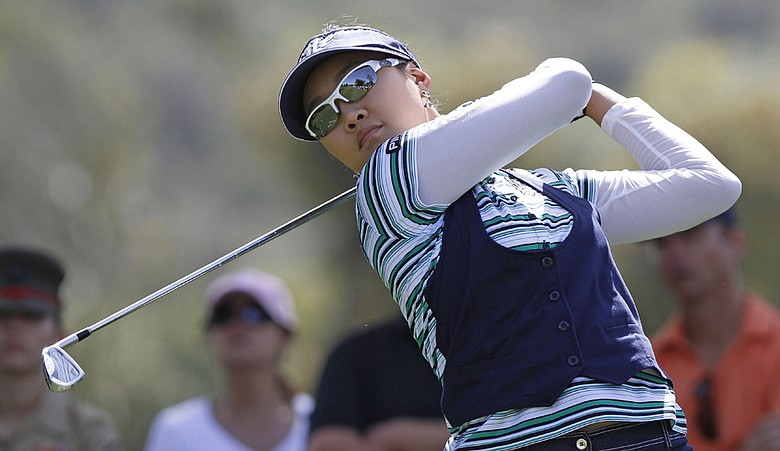 Hee Kyung Seo opened up a five-stroke lead Saturday at the Kia Classic.
