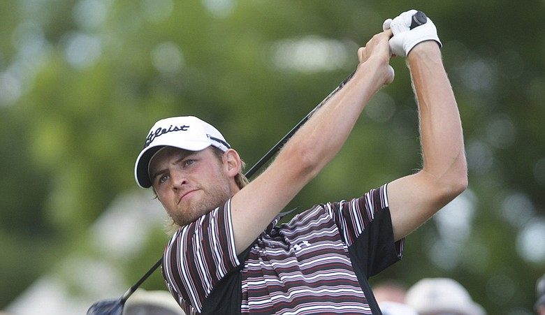 Michael Sim has withdrawn from next week's Masters because of a shoulder injury.
