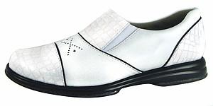 Sandbaggers shoes offer new twist in footwear