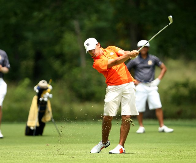 Oregon State's Diego Velasquez plays a shot into the 18th hole June 3 at the NCAA Championship.