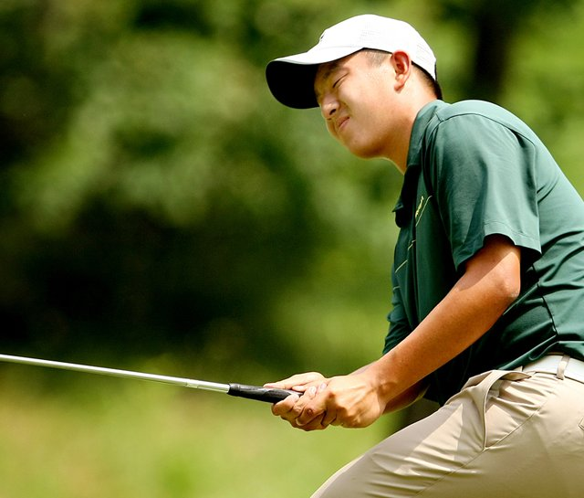 Oregon&#39;s Eugene Wong during the second round of the 2010 NCAA Championship.