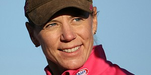 Sorenstam gives junior clinic at Reunion