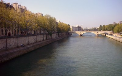 The lovely view of the Seine from Ile Saint Louis.