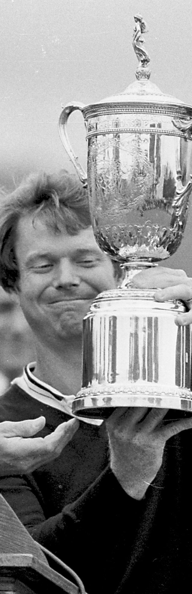 Tom Watson holds the trophy after winning the 1982 U.S. Open.