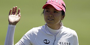 Hur leads Creamer by 1 at ShopRite LPGA
