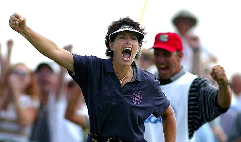 Julie Inkster makes birdie on No. 16 during the final round of the 2002 U.S. Women's Open at Prairie Dunes.