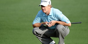 Toms paints putterhead white for Greenbrier