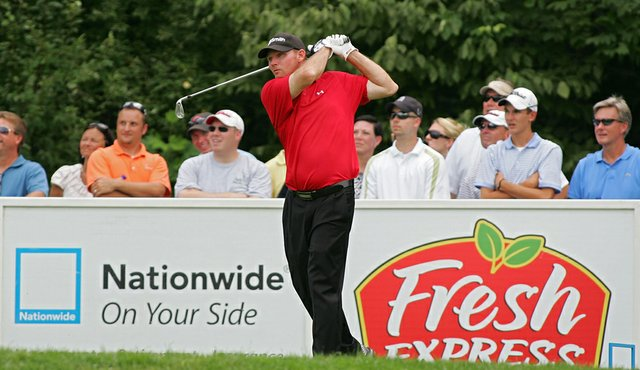 """Tommy """"Two Gloves"""" Gainey during the Nationwide Tour's Chiquita Classic. Gainey has emerged as a fan favorite."""