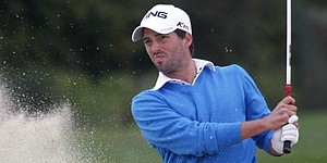 Parry builds four-shot lead at Dunhill Links