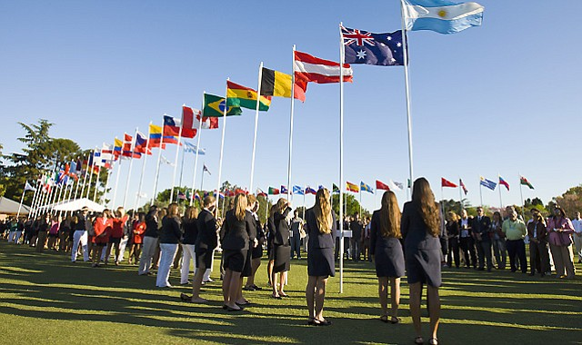 Players from 53 nations are competing in the 2010 Women's World Amateur Team Championship in Buenos Aires, Argentina.