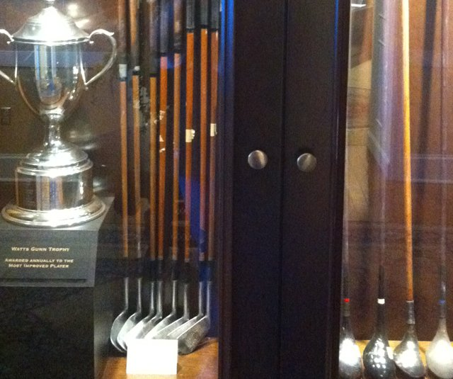 A look inside the Georgia Tech golf program&#39;s trophy case. 