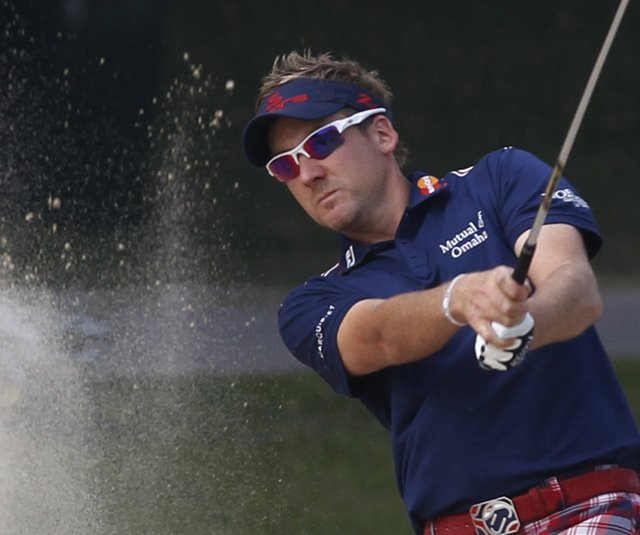 Ian Poulter put up a second-round 60 at the Hong Kong Open.