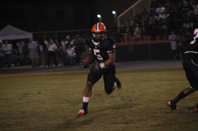The Seminoles ran circles around Winter Park on Nov. 26,  rushing for 240 yards in the game en route to a 48-31 win. With the loss, the Wildcats were knocked out of the regional championship series.