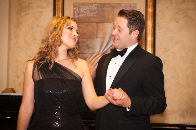 Florida Opera Theatre opened the season on Saturday, Dec. 4, with a Musical Holiday Evening at the home of Kathy and Steve Miller of Winter Park.