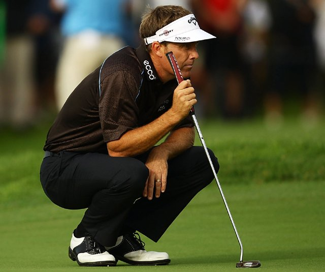 Stuart Appleby lines up a putt during day one of the Australian Open at The Lakes Golf Club on December 2, 2010 in Sydney, Australia.