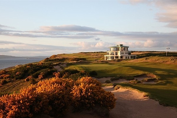 The 9th green at Castle Stuart Golf Links.
