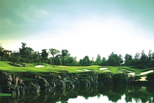 The Luxehills International Country Club in the city of Chengdu, Sichuan Province (southwest China).