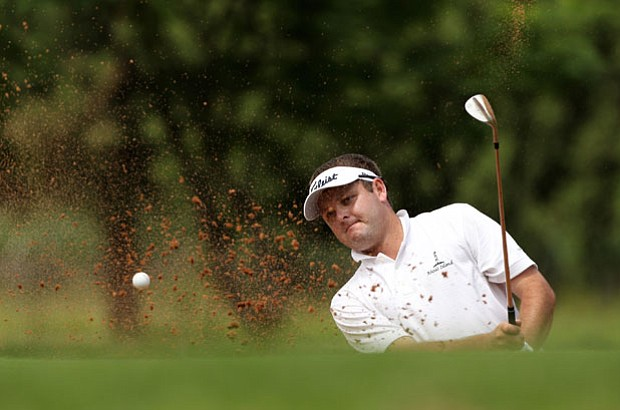 Theunis Spangenberg won the rain-shortened 2011 Africom Zimbabwe Open for his first victory on the Sunshine Tour.