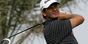 Goosen leads by 1 in Qatar; Kaymer struggles
