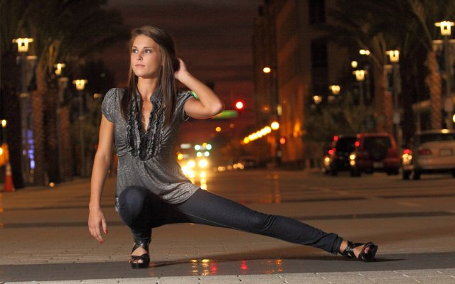Maitland model and UCF freshman Victoria Kundinger hopes to gain exposure from the contest and to find her birth mom.