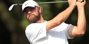 Knee injury forces Glover out of Sony Open