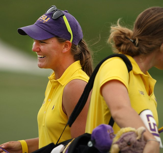 LSU&#39;s Austin Ernst shot a 66 during Round 2 of the Women&#39;s Division I Golf Championships.