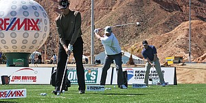 Long drive contest lures golfers to the desert
