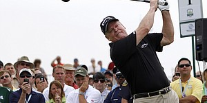 Club-fitting series: Johnny Miller on senior golfers