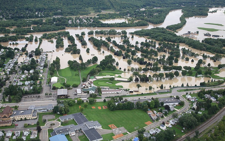 An aerial view of En-Joie Golf Course.