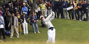McIlroy, Fowler, 3 others share lead in Korea