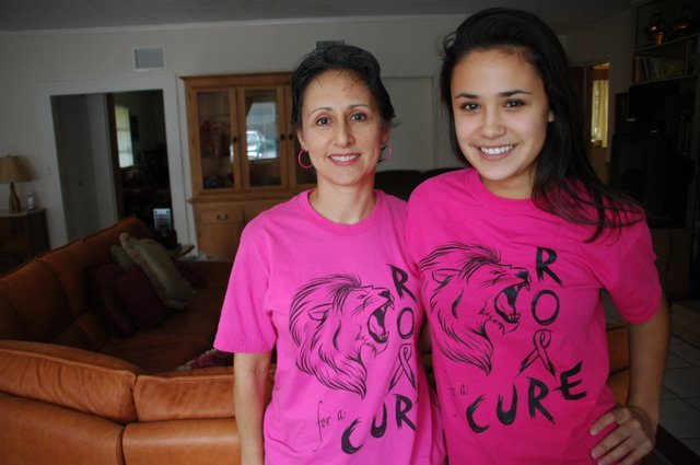 Oviedo breast cancer survivor Judy Appleton Procell and daughter Hannah are now helping raise money to fight the disease.