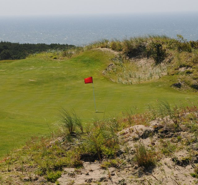 The fourth is another with excellent views of the Pacific Ocean, but going long can be a problem, not to mention off-line shots that can bounce in many different directions if not hit perfectly.